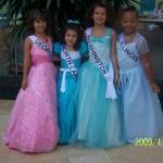 2009-11-25 Formal wear 013