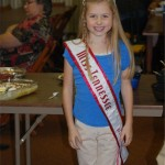 tn_jr_preteen_queenjessica_sales_volunteering_at_old_timers_supper_2010