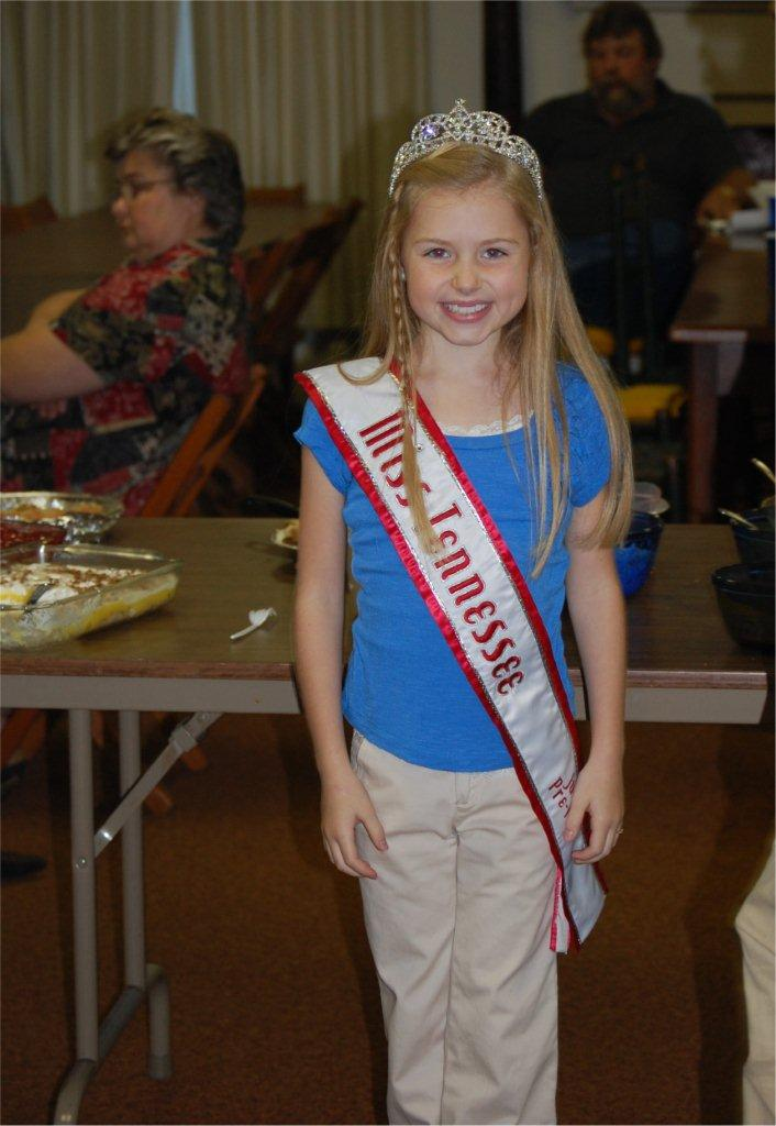 tn jr preteen queenjessica sales volunteering at old timers supper 2010 I would love to say this is the latest celebrity sex scandal but ...