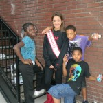 logan_namiss_jrteen_city_life_in_banner_with_kids (2)
