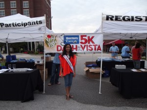 miss_south_carolina_pre_teen_felicia_mcgill__volunteering_at_the_doctors_care_race (2)