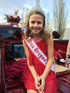 Oregon_Junior_Pre_Teen_Alexandra_Skordal_82nd_Ave_Roses_Parade