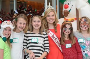 Miss_North_Carolina_Jr.Teen_Alexandria_Murphy_at_the_little_elf_workshop