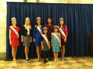 SC_Queens_Meet_the_Governor