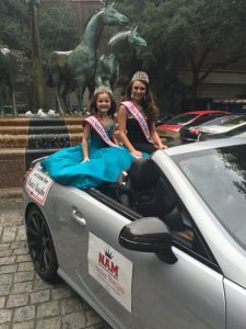 Charleston Christmas Parade with sister queen Saylor Porcaro