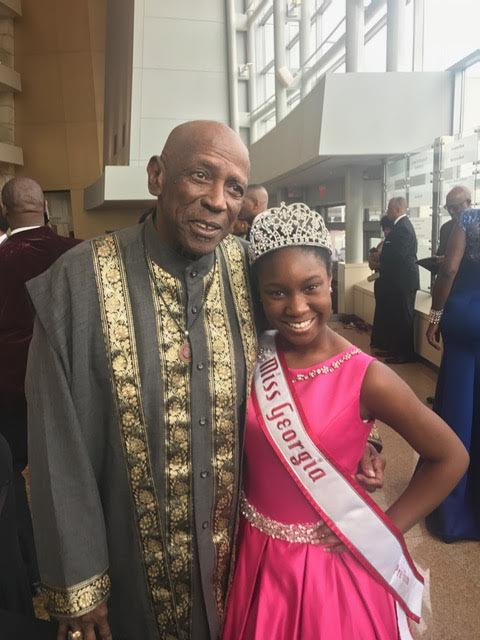 Miss Georgia Pre-Teen Damacia Howard and Louis Gossett, Jr.